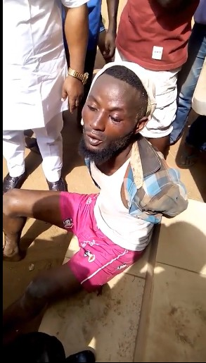 Man Caught While Stealing Panties And Cloth Items In Benin, Edo State (Photos)