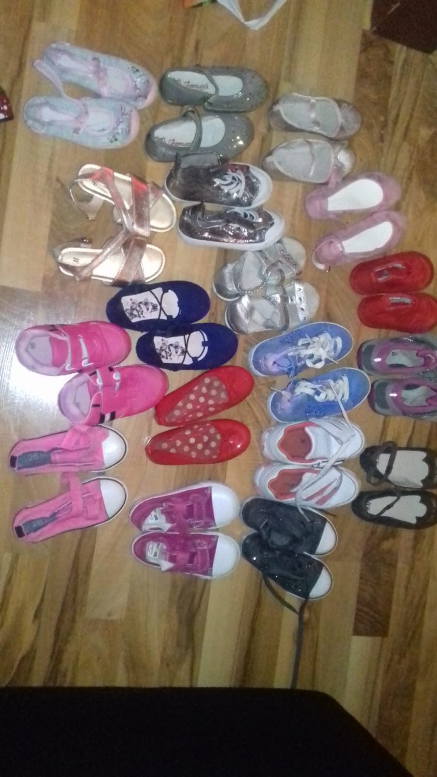 d67a077ff371 Very Clean Tokunbo Grade Shoes For Children And Mothers At Ikorodu ...