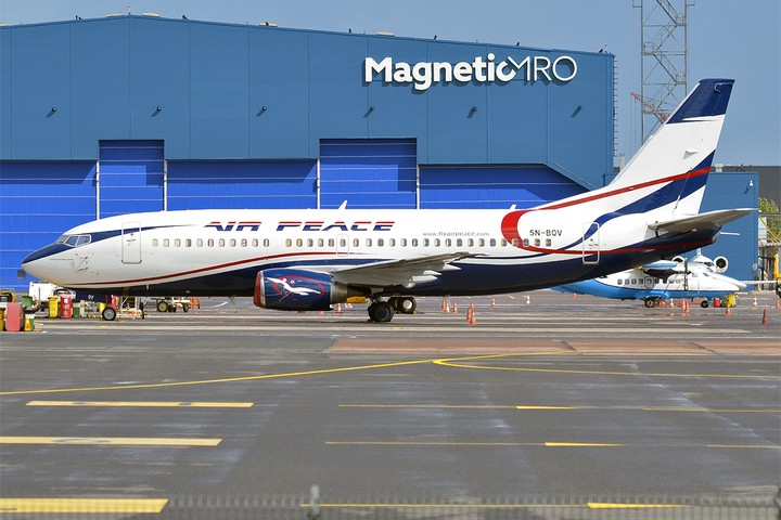[Image: 8393925_airpeace5nbqvboeing73733v2841651...283a55f795]