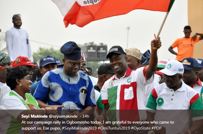 Fayose, Seyi Makinde, Others Take Oyo PDP Campaign To Akala's Hometown - Photos