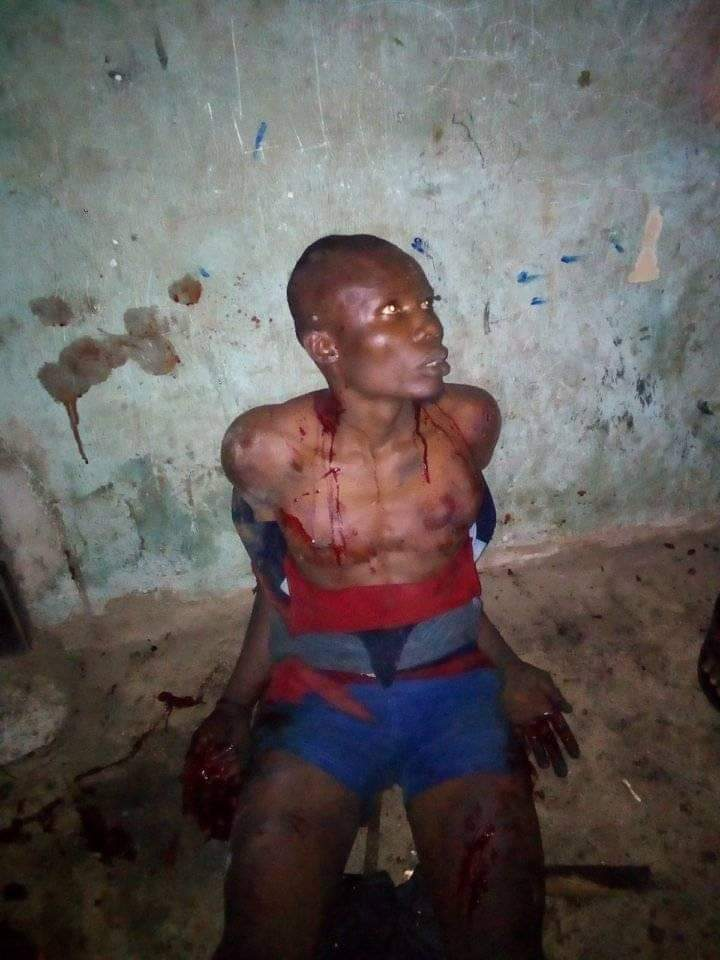 Notorious Thieves Set Building On Fire In Umuahia After Failed Attempts To Break-In(Photos) 3