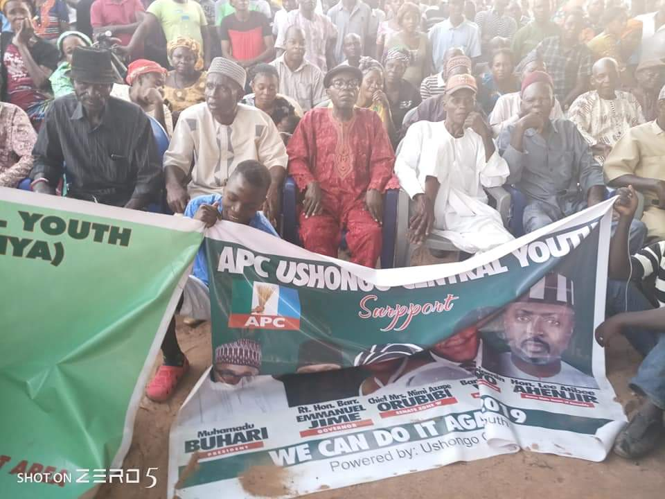 Image result for Wuese Tyopev Decamps To APC With Thousands In Benue