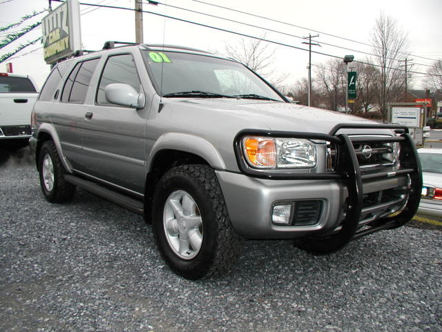 how much does 2001 nissan pathfinder le 4wd cost in nigeria autos nigeria. Black Bedroom Furniture Sets. Home Design Ideas