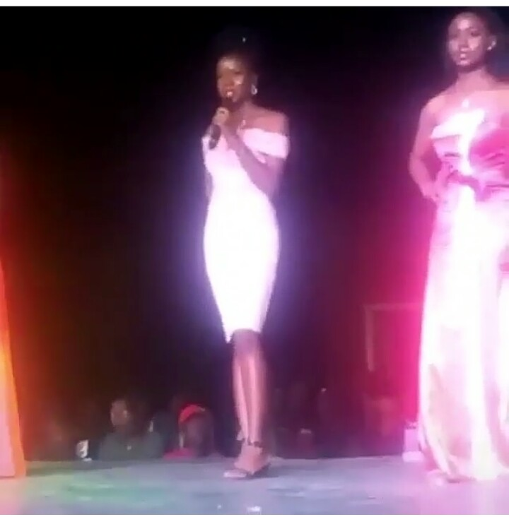 enugu beauty queen contestant forgets the name of her school