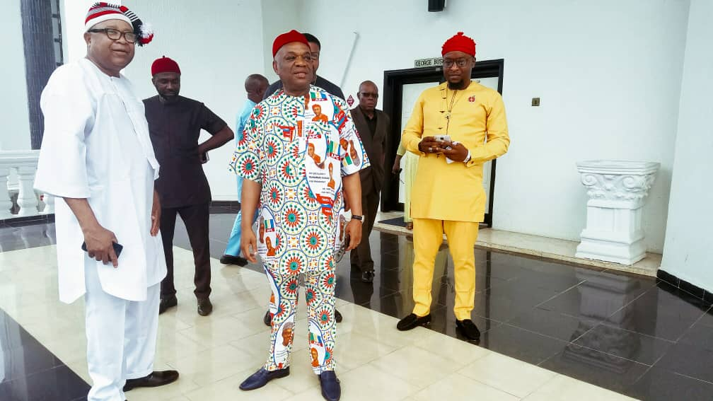 Orji Kalu And His Team Dressed To Receive President Buhari Is Aba