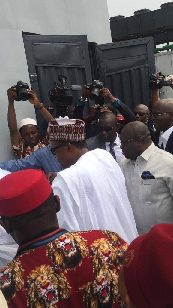 President Buhari Fulfils His Promise To Igbo Traders In Aba