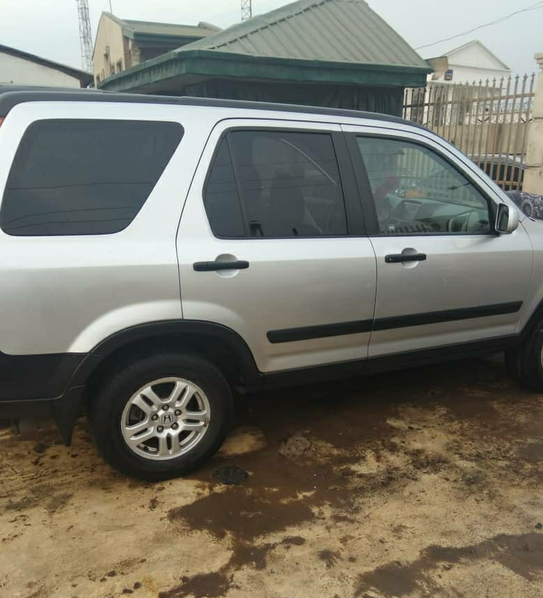 Very Clean Registered 2003 Honda CR-V @ 900k SOLD