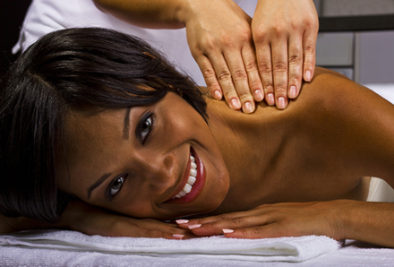 N2500 An Hour Long Full Body Aromatherapy Massage