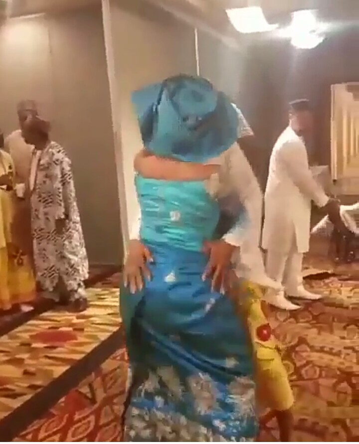 Husband And Wife Rock Themselves At Old Age, Got People Talking (pics)