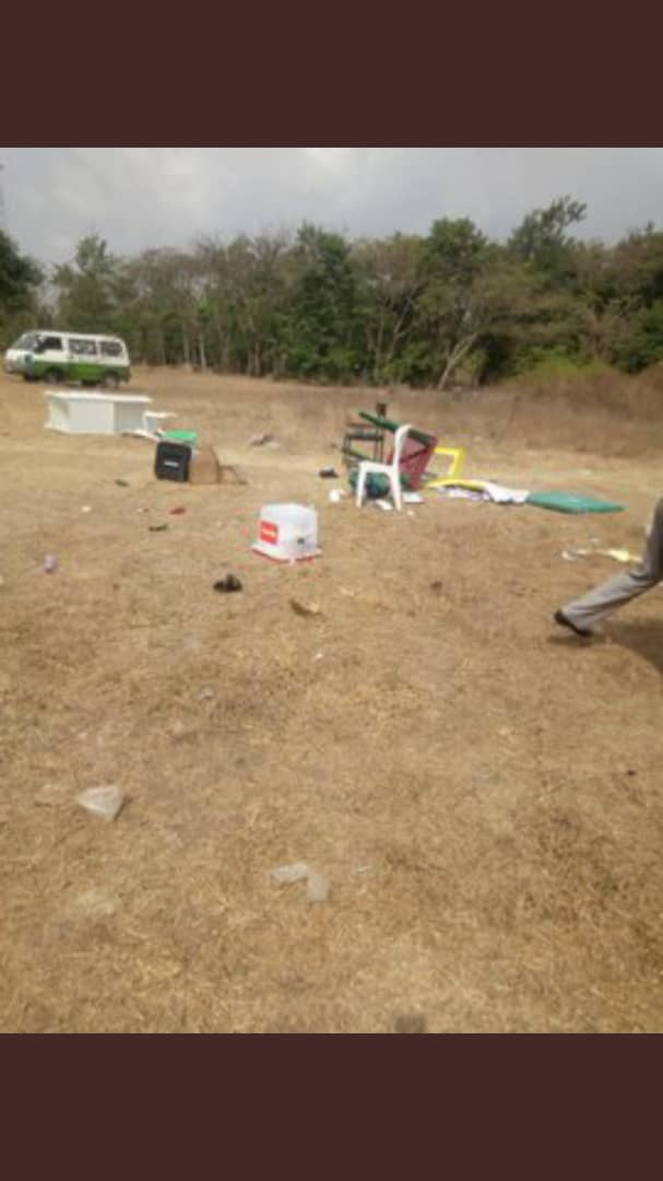 Thugs Destroy Amaechi,s Polling Unit After INEC Excluded APC From Rivers Polls