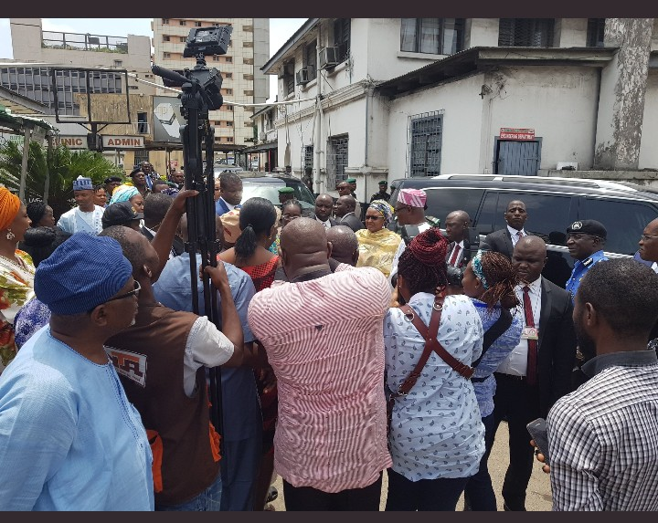 Lagos Collapse Building: Buhari Wife, Aisha Visits Victims - Photos
