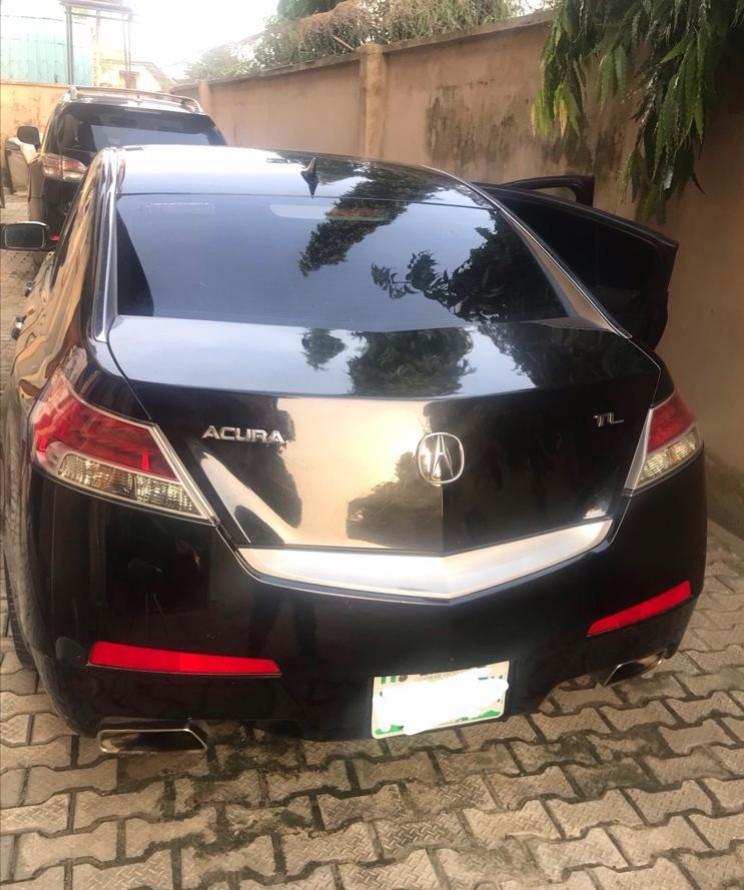 Super Clean Acura TL 2010 (reg) ***give Away Price