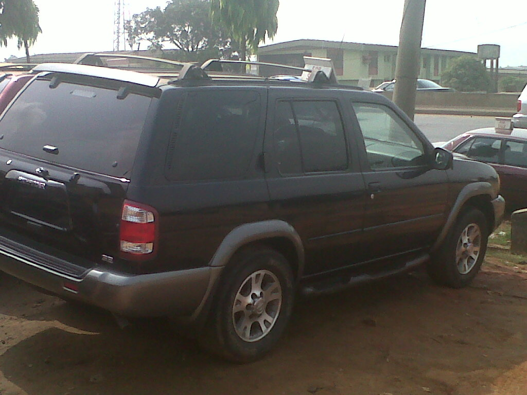 a tokunbo nissan pathfinder 4 sale 2001 model autos nigeria. Black Bedroom Furniture Sets. Home Design Ideas