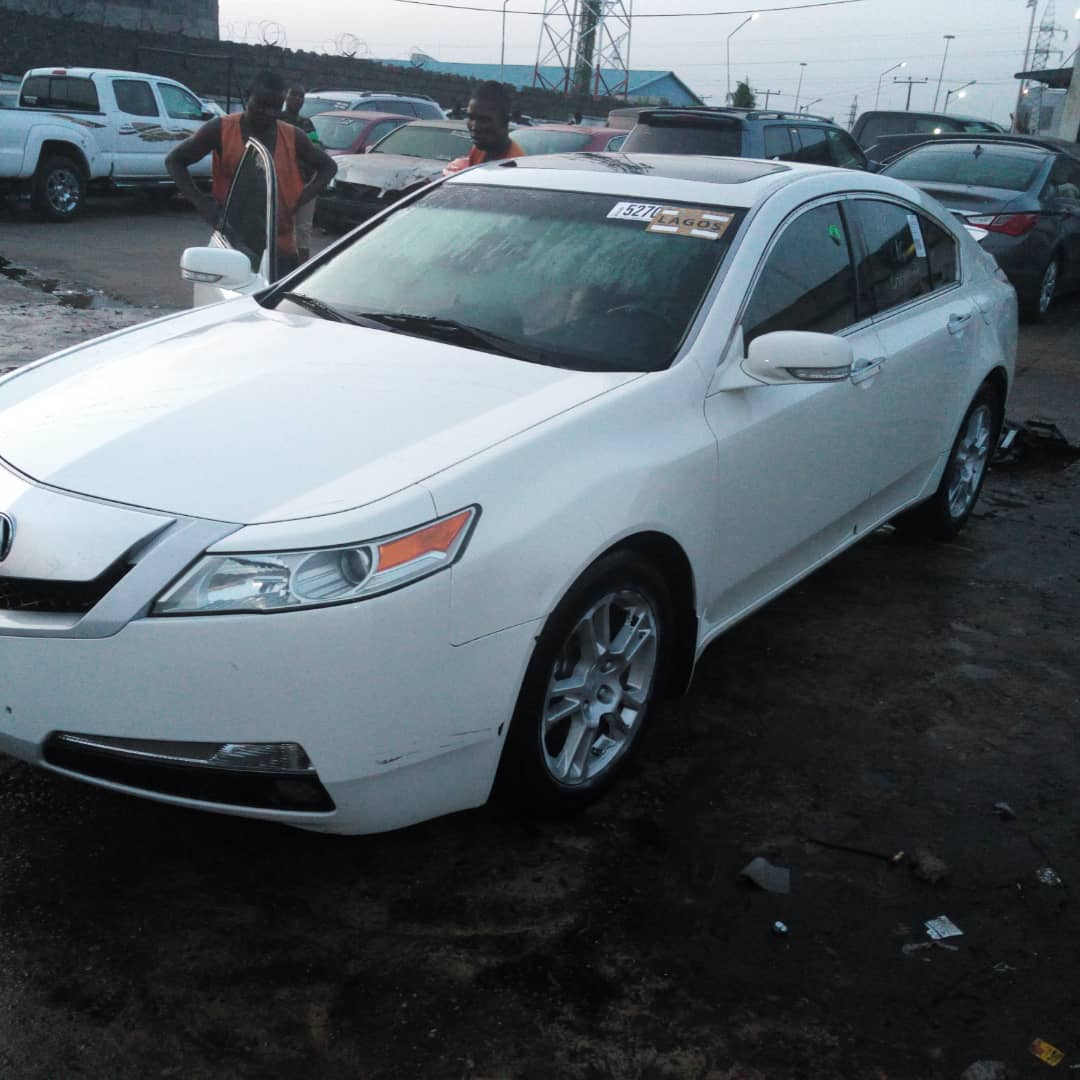 CLEAN TITLE TOKS 2010 ACURA TL TECH PACKAGE AT 3.8M
