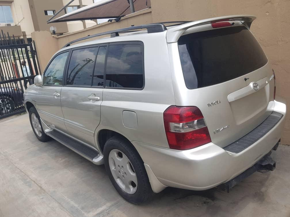 2007 Toyota Highlander Limited 3rows With Dvd Reverse Cam