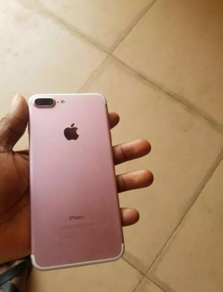 Uk Used Factory Unlocked Iphone 7plus 32gb 115k Non Negotiable Phones Nigeria