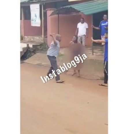 Hooker And Her Client Flogged For Fighting Over His Refusal To Pay After Service