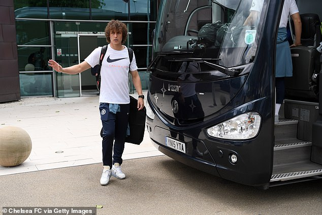 Chelsea players arrive Baku ahead of Europa final against Arsenal (pictures)