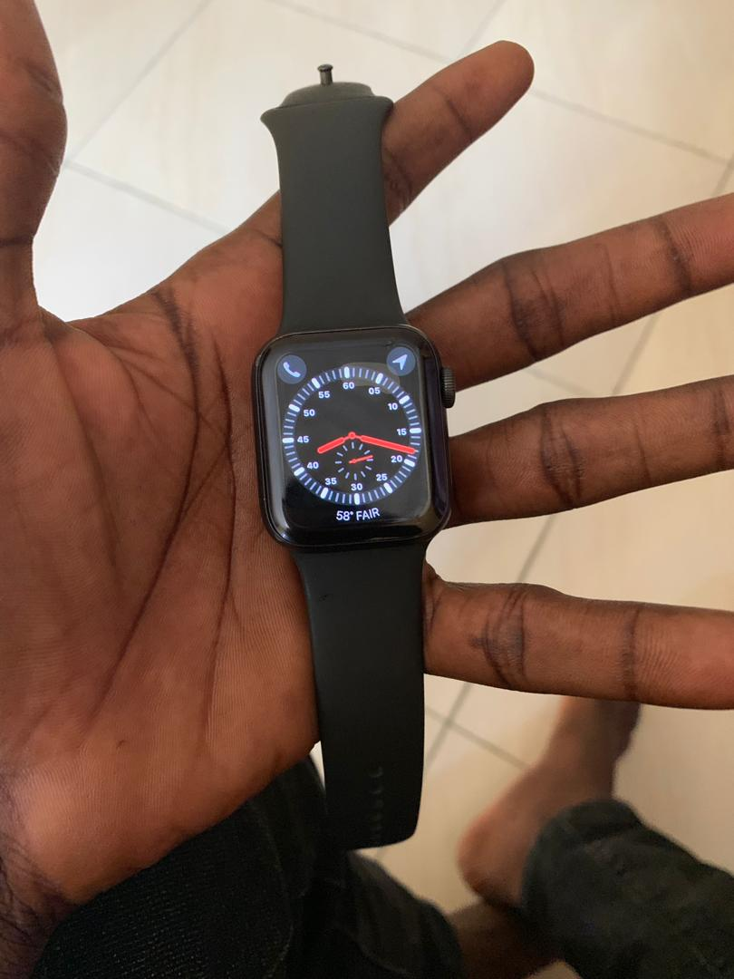 Just Came In Iwatch Series 4 40mm GPS+CELLULAR At Giveaway ...  Just Came In Iw...