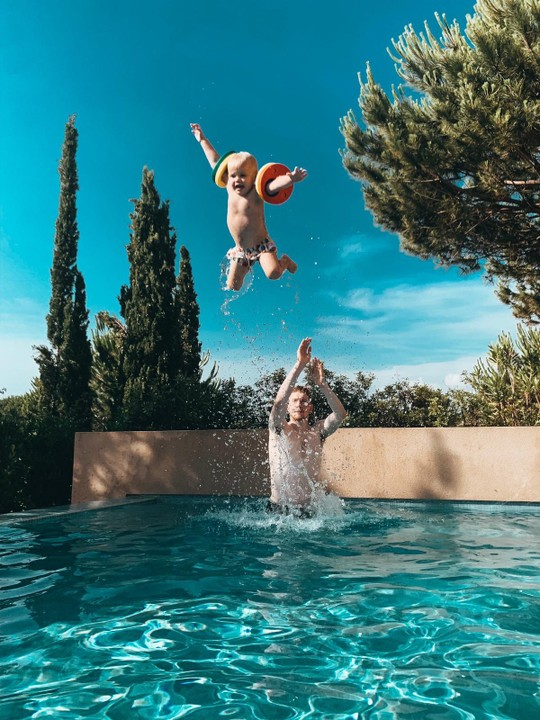 See The Way Man City, Star De Bruyne Throws His Son Like A ...