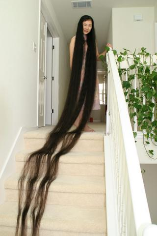 Woman With The Longest Hair Pictures Fashion Nigeria