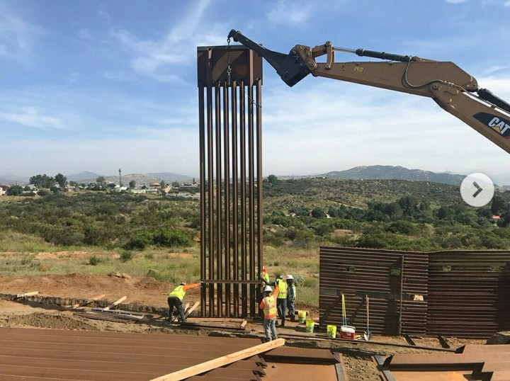 President Trump Constructs Border Wall To Reduce illegal Migrants (Pics)