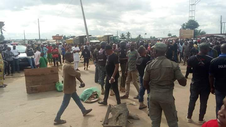Photos: Bloody Clash Between Fulani And Benin Youths Averted By Police 3