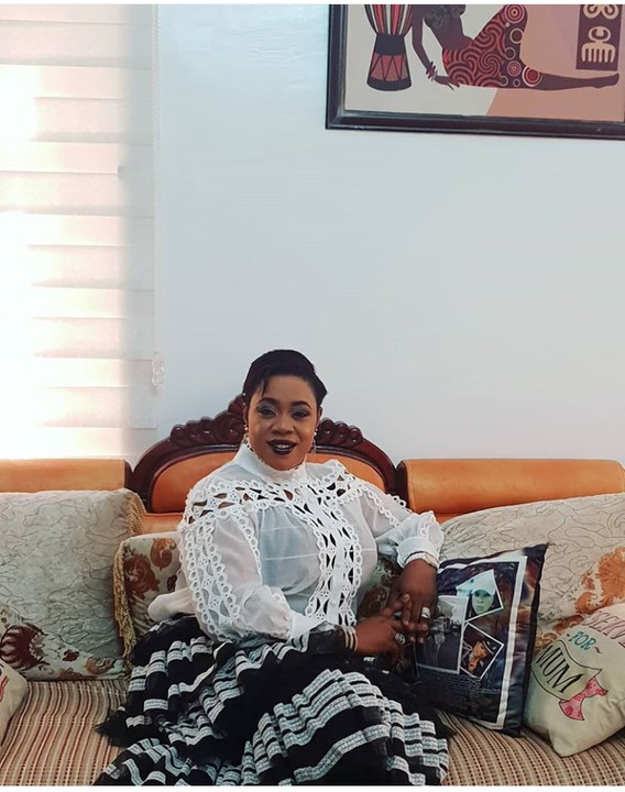 Celebrity Police Officer, Dolapo Badmus Shares Beautiful New Pictures 2