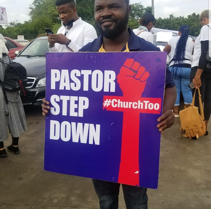 Nigerians Storm COZA Church To Prostest Against Pastor, Insist He Steps Down