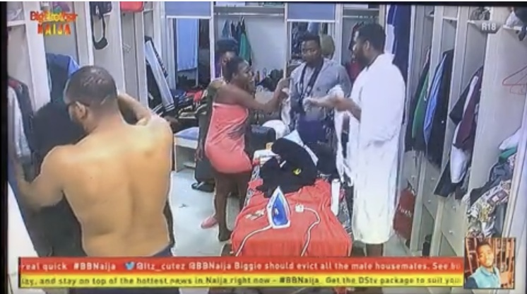 #BBNaija : Thelma Furious As Omashola Enters The Bathroom While She Was Unclad 2