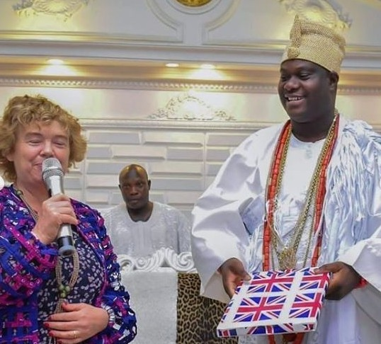 British High Commissioner, Catriona Laing Visits Ooni Of Ife [photo]