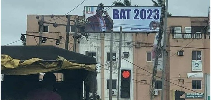Nigerians React To Bola Tinubu's Campaign Signboard Spotted In Lagos (Photo)